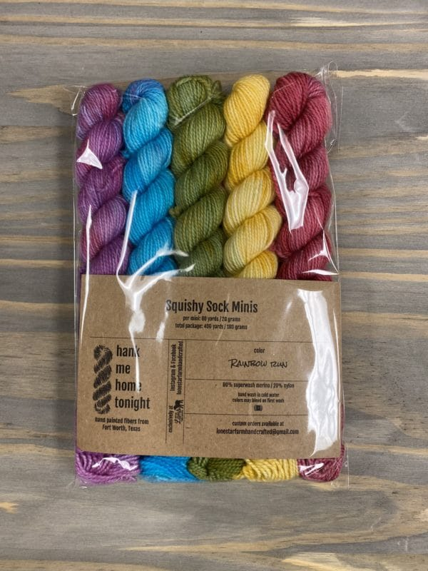 HMHT2 Mini Sock Set Rainbow Run 1