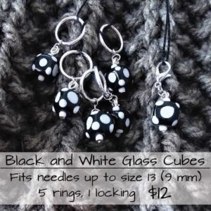 Stitch Marker B/W Glass Cubes
