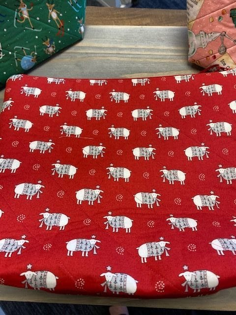 Quilted Project Bag Christmas Lamb 1